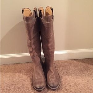 FRYE Paige Riding Boot Size 8